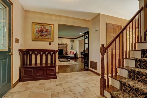30 Murfield Drive, Lincroft, NJ - USA (photo 2)