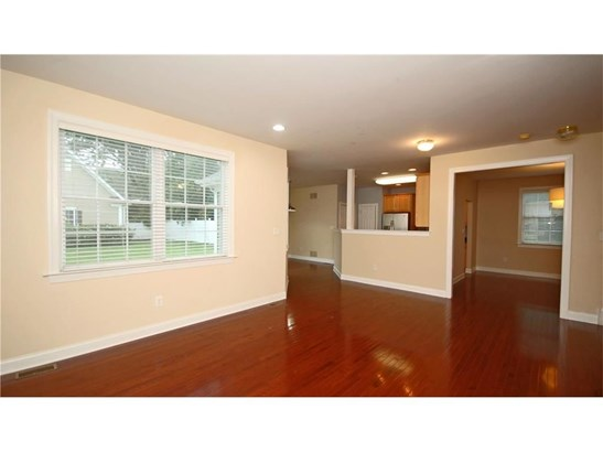 11 Mac Namee Street, Plainsboro, NJ - USA (photo 4)