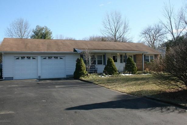 867 Monmouth Road, Cream Ridge, NJ - USA (photo 2)