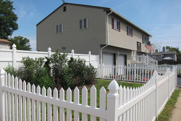 7 Lincoln Avenue, Keansburg, NJ - USA (photo 2)