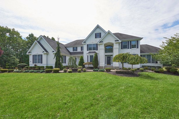 14 Winding Woods Way, Freehold, NJ - USA (photo 2)