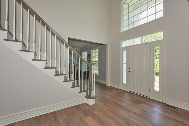 14 Winding Woods Way, Freehold, NJ - USA (photo 4)