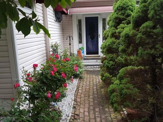 183 Orchard Avenue, Laurence Harbor, NJ - USA (photo 1)