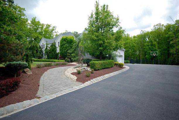 16 Molsbury Lane, Millstone, NJ - USA (photo 3)