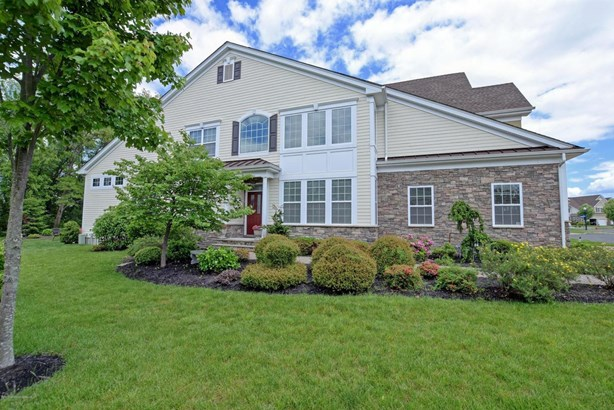 10 Aspen Lane, Tinton Falls, NJ - USA (photo 1)
