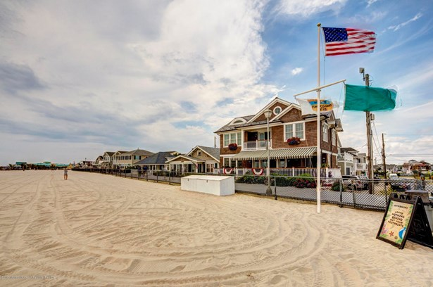 8 Water Street, Point Pleasant Beach, NJ - USA (photo 4)