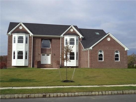 13 Adam Court, Monroe Township, NJ - USA (photo 2)
