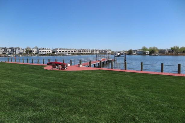 31 Wardell Circle, Oceanport, NJ - USA (photo 3)