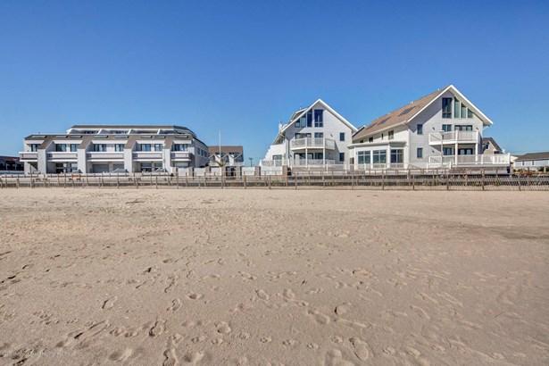 900 Ocean Avenue 31a, Point Pleasant Beach, NJ - USA (photo 2)