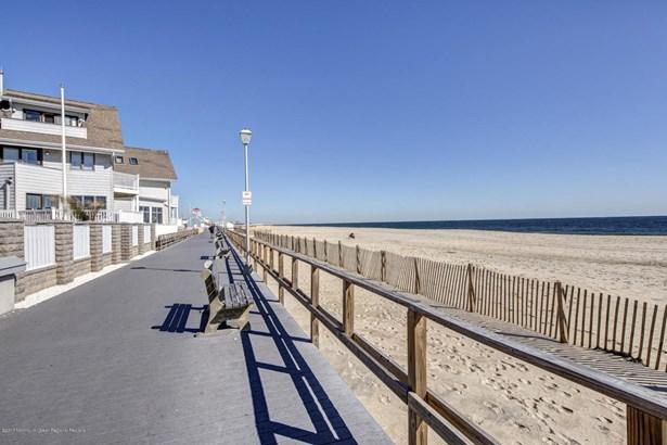 900 Ocean Avenue 31a, Point Pleasant Beach, NJ - USA (photo 3)