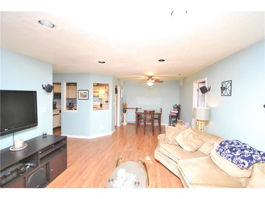 1306 Stoneridge Circle 1306, Helmetta, NJ - USA (photo 2)