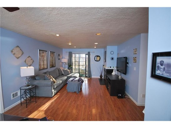1306 Stoneridge Circle 1306, Helmetta, NJ - USA (photo 3)