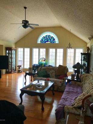 Traditional, Single Family - Freestanding - Joplin, MO (photo 5)