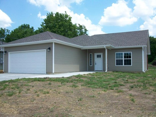 Ranch,Traditional, Single Family - Freestanding - Carterville, MO