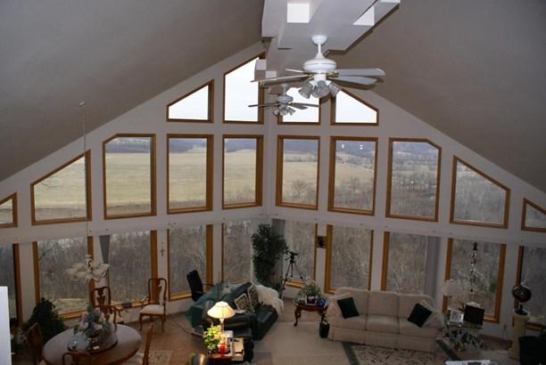 Contemporary, Single Family - Freestanding - Southwest City, MO (photo 3)