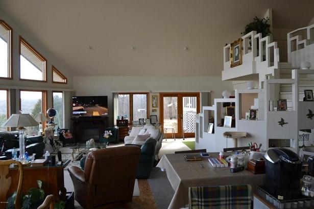 Contemporary, Single Family - Freestanding - Southwest City, MO (photo 4)