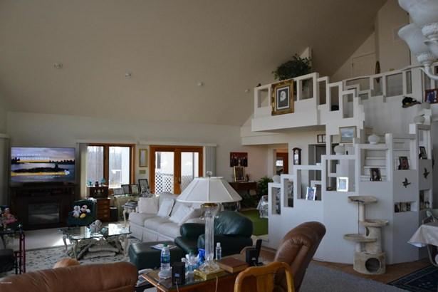 Contemporary, Single Family - Freestanding - Southwest City, MO (photo 5)