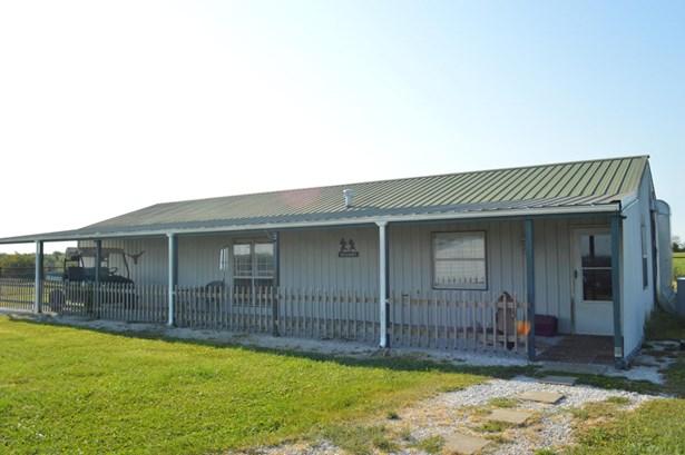Ranch, Farm - Wentworth, MO (photo 4)