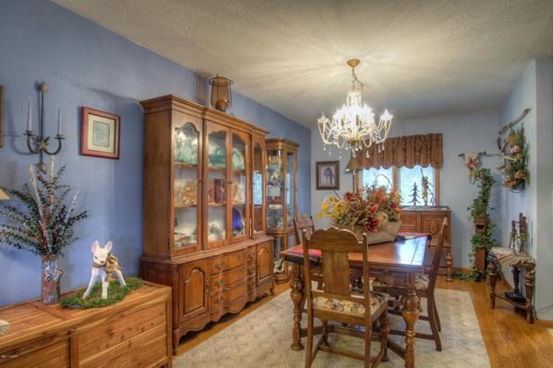 Farm House, Single Family - Freestanding - Seneca, MO (photo 5)