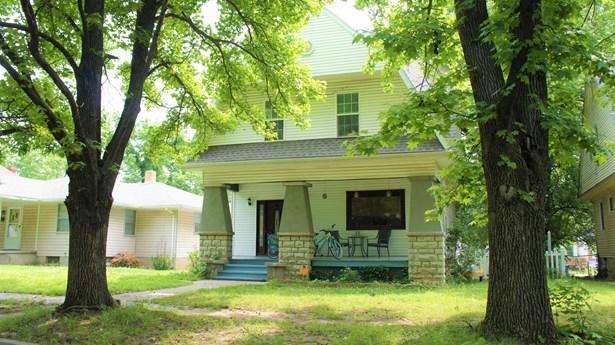 Dutch Colonial, Single Family - Freestanding - Joplin, MO (photo 1)