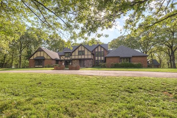 Tudor, Single Family - Freestanding - Joplin, MO