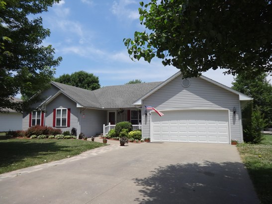 Ranch,Traditional, Single Family - Freestanding - Carthage, MO