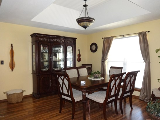Ranch,Traditional, Single Family - Freestanding - Carthage, MO (photo 3)