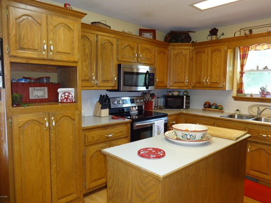 Ranch,Traditional, Single Family - Freestanding - Carthage, MO (photo 5)