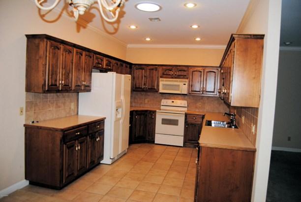Patio Home, Single Family - Freestanding - Carthage, MO (photo 2)
