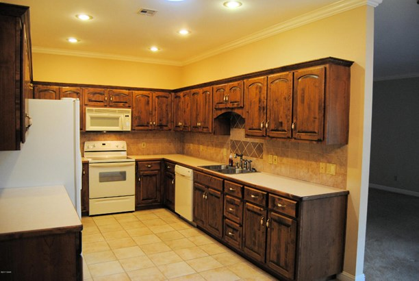 Patio Home, Single Family - Freestanding - Carthage, MO (photo 3)