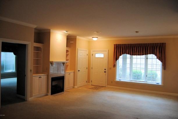 Patio Home, Single Family - Freestanding - Carthage, MO (photo 4)