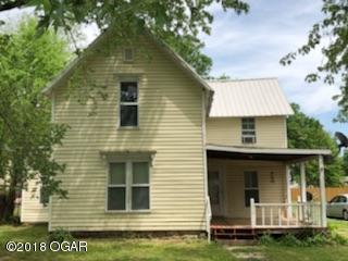 Traditional, Single Family - Freestanding - Seneca, MO