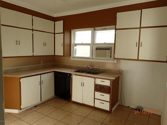 Single Family - Freestanding, Bungalow - Pittsburg, KS (photo 2)