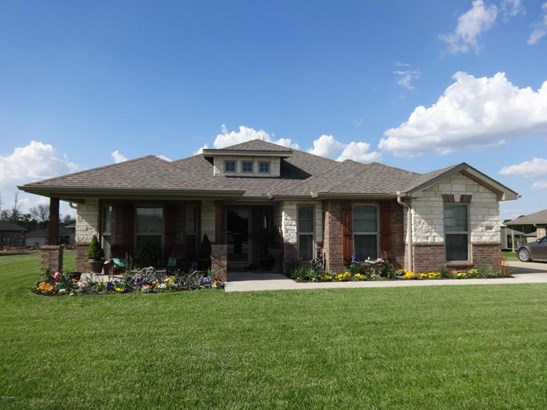 Traditional, Single Family - Freestanding - Carthage, MO (photo 1)