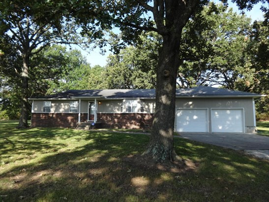Ranch, Single Family - Freestanding - Carthage, MO (photo 1)