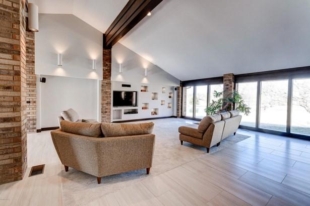 Ranch, Single Family - Freestanding - Loma Linda, MO (photo 4)
