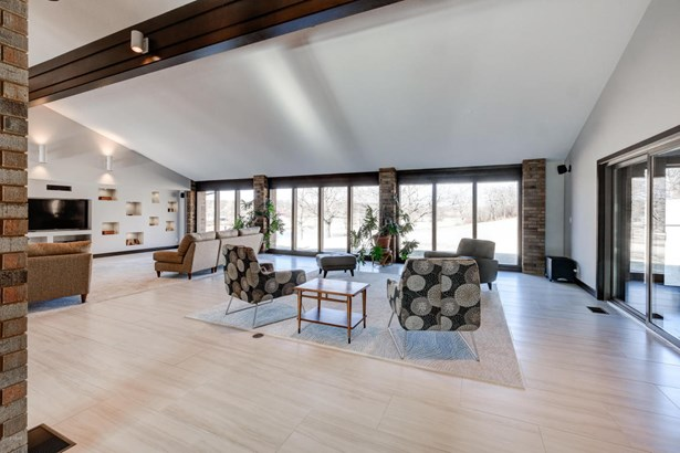 Ranch, Single Family - Freestanding - Loma Linda, MO (photo 5)