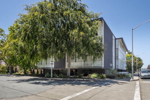6 Seville Way, # 203 # 203, San Mateo, CA - USA (photo 1)