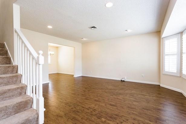 2036 San Luis Street, Fairfield, CA - USA (photo 2)