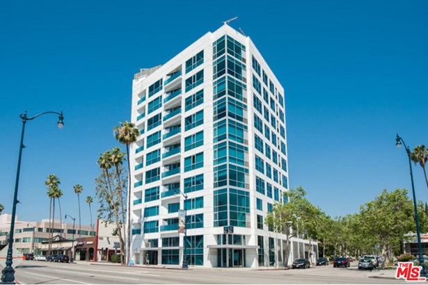 Condominium, High or Mid-Rise Condo,Modern - Beverly Hills, CA