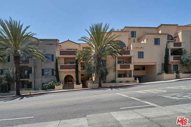 Contemporary Mediterranean, Residential Lease - West Hollywood, CA