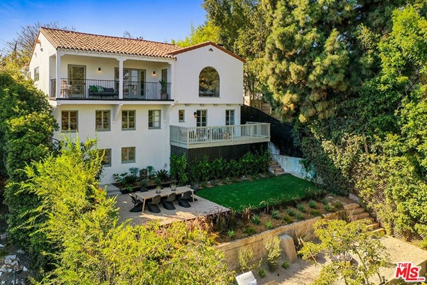Single Family Residence, Spanish Colonial - LOS ANGELES, CA