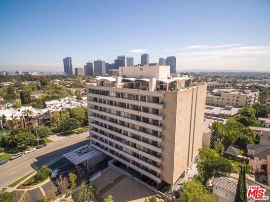 Condominium, Mid Century - Los Angeles (City), CA