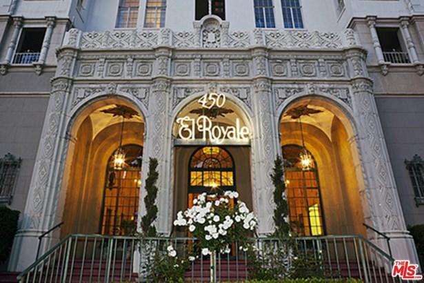 Condominium, High or Mid-Rise Condo,French - Los Angeles (City), CA