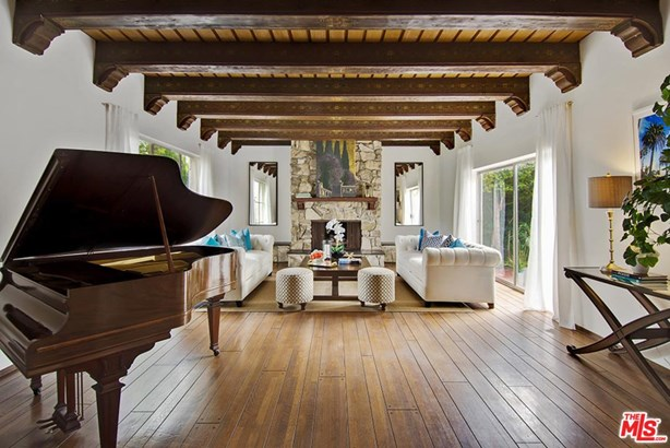 Spanish Colonial, Single Family - Beverly Hills, CA (photo 2)