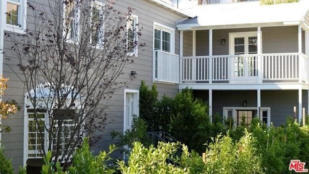 Condominium, Cape Cod - Los Angeles (City), CA (photo 1)
