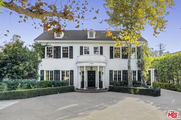 Single Family Residence, Colonial - LOS ANGELES, CA