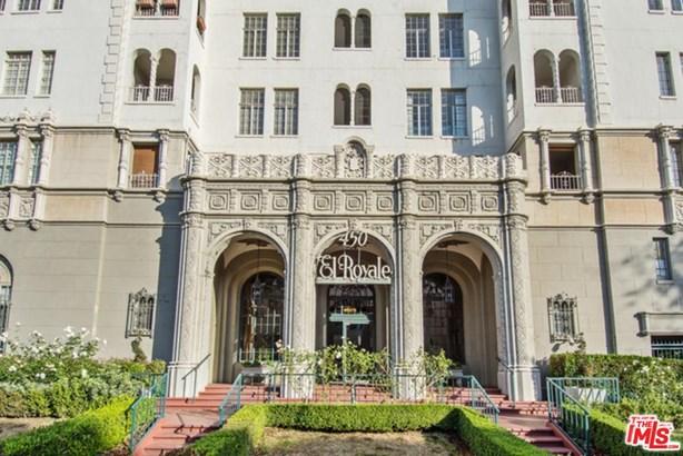 Condominium, High or Mid-Rise Condo,French - Los Angeles (City), CA (photo 2)