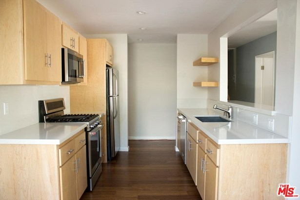 Condominium, Low Rise,Contemporary - Santa Monica, CA (photo 4)
