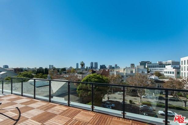 Low Rise, Condominium - Beverly Hills, CA (photo 5)